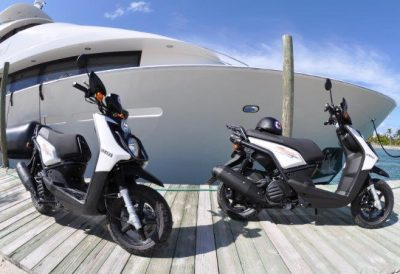 Scooter Bobs providenciales motorcycle rentals - these are Yamaha 125cc